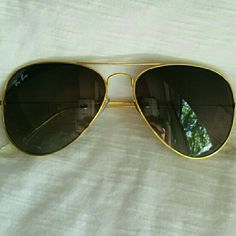 Aviator sunglasses Not damage  NOT scratches  Not box  Gold frame  NOT REAL! Ray-Ban Accessories Sunglasses