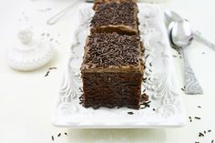 You will find here various recipes mainly traditional Romanian and Mediterranean, but also from all around the world. Romanian Food, Romanian Recipes, Sifted Flour, Chocolate Glaze, Deserts, Sweets, Trifles, Traditional, Baking