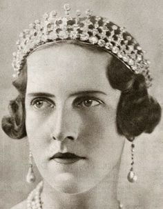 Tiara Mania: Diamond Tiara worn by Princess Irene, Duchess of Aosta