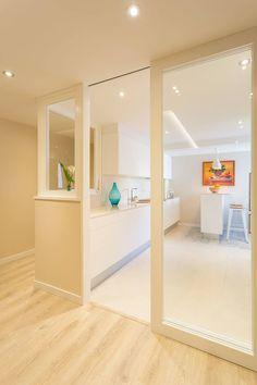 Kitchen Interior, Kitchen Decor, Kitchen Design, Living Room Grey, Home Living, Window Design, Home Kitchens, Kitchen Remodel, Decoration