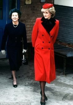 Diana was she visiting the factory of TW Kempton Limited Hosiery Manufacturers, Archdeacon Lane, Leicester