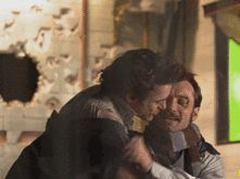 Robert Downey Jr trying to kiss Jude Law... *gif* LOLLLL