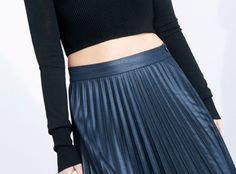 Fashion details | Comment:  Midriff.