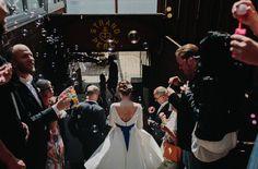 noni-moderne Braut im 50s Brautkleid, Hafenliebe Hochzeitsfotografie in Hamburg (www.noni-mode.de - Foto: Hafenliebe Hochzeitsfotografie)