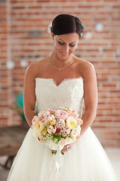 bride with pastel bouquet // photo by Kelly Benton // floral design by Be Married