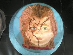 This is the second part of how to do a chucky cake, chucky is a classic for halloween, one of my favorite horror films! hope you enjoy :) Like , sub, commen. Chucky, Horror Films, Kids Playing, Serving Bowls, Cake Decorating, Cakes, Baking, My Favorite Things, Halloween