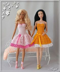 Olga Morozova's photos Crochet Barbie Patterns, Crochet Doll Dress, Crochet Barbie Clothes, Doll Clothes Barbie, Knitted Dolls, Barbie Doll, Knitting Dolls Clothes, Doll Clothes Patterns, Clothing Patterns