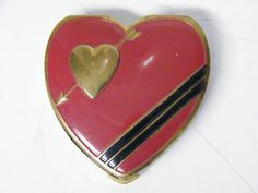 Vintage Beautiful Hingeco Enamel Heart Shaped Compact
