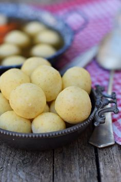 Hungarian Recipes, Soup Recipes, Cupcake, Paleo, Food And Drink, Vaj, Fruit, Breakfast, Soups