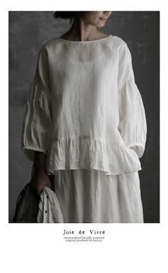 BerryStyle: Joie de Vivre French linen washer embroidery frill pullover - Purchase now to accumulate reedemable points! Linen Tunic, Linen Skirt, Linen Dresses, Modest Fashion, Boho Fashion, Womens Fashion, Blouse Styles, Blouse Designs, Boho Outfits