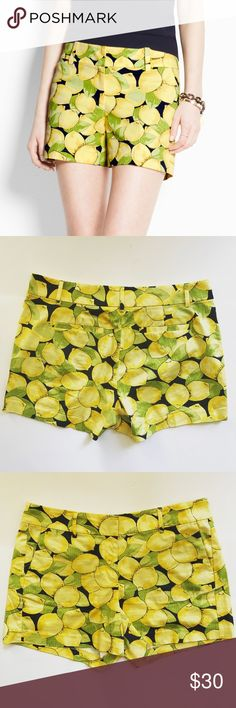 Ann Taylor Lemon Print Shorts in Size 8 Super cute pair of Ann Taylor Lemon Print Shorts. Perfectly on trend! In great pre-worn condition. Size 8. No trades! Ann Taylor Shorts