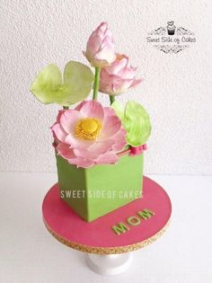 For My Mom - My 2nd Mother's Day Cake by Sweet Side of Cakes by Khamphet