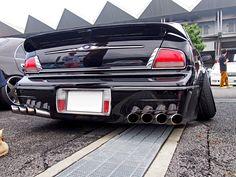 #THIRTEENJAPAN #XIII #VIPCAR #CAR #EVENT #FASHION #CULTURE #BLACK #GOLD #JAPAN