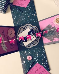 Gift Wrapping, Gifts, Diy, Gift Wrapping Paper, Presents, Bricolage, Wrapping Gifts, Do It Yourself, Favors