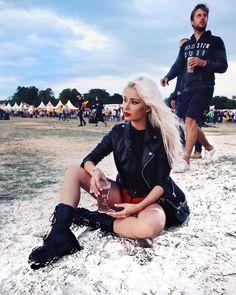 Coachella, Leather Skirt, Skirts, Outfits, Shoes, Fashion, Make Up, Moda, Zapatos