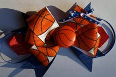 Perfect bow for your little sports fan, or for a girls' team. Customize it in your team colors!