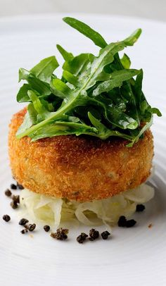 This salmon fish cake recipe from Chris Horridge is well-flavoured with the inclusion of vinegary capers and tangy lime. Salmon Recipes, Fish Recipes, Seafood Recipes, Cooking Recipes, Fancy Recipes, Cooking Videos, Kitchen Recipes, Salmon Fish Cakes, Fish Cakes Recipe