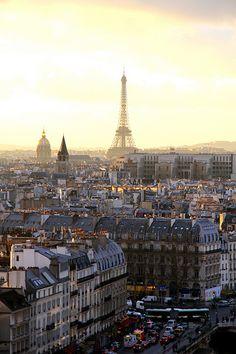 La Tour Eiffel .