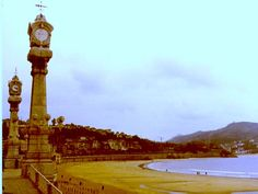 Some day I will live here. San Sebastian Spain, Basque Country, Bilbao, Running Away, Google Images, Big Ben, Places Ive Been, Beautiful Places, Trotter