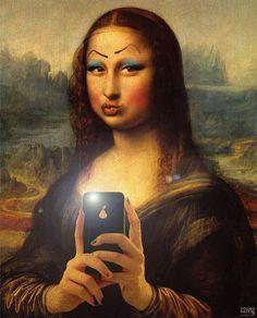 Mona selfie