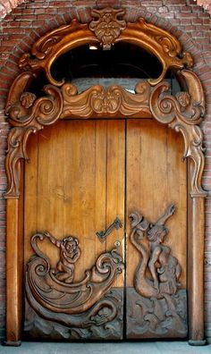 Carved Doors Wooden Ideas Wood Doors Are Warm and Welcoming Carved Doors Wooden Ideas. Custom wood doors, whether elegant or rustic, are a durable choice that can really set off the style of your h… Cool Doors, The Doors, Unique Doors, Entrance Doors, Doorway, Windows And Doors, Front Doors, Panel Doors, Entrance Ideas