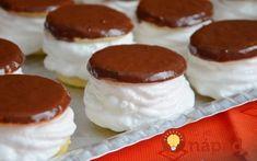 Vynikajúci domáci recept z maslového cesta, čokoládovej polevy a famózneho bielkového krému. Chutí ešte lepšie, ako vyzerá.