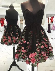 A-Line Sweetheart Knee-Length Sequined Black Homecoming Dress with Appliques @veenrol