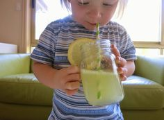 Learn with Play at Home: How to make Fizzing Lemonade. Edible Science for Kids. Candy Experiments, Science Experiments For Preschoolers, Science For Kids, Science Activities, Chocolate Slime, Preschool Cooking, Juice Of One Lemon, Different Fruits, Play Based Learning
