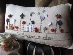 Halloween Outdoor Pillows | Halloween Garden Pillow Cottage Style by PillowCottage - cute!