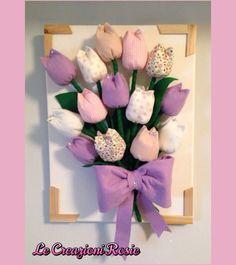 Quadro con tulipani di stoffa