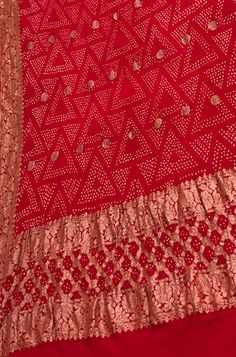 Nalli Silk Sarees, Nalli Silks, Pure Georgette Sarees, Indian Wedding Outfits, Indian Outfits, Pretty Clothes, Pretty Outfits, Bandhini Saree, Red Sari