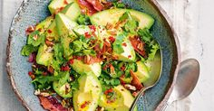Avocado, prosciutto and pecan salad main image Kitchen Recipes, Diet Recipes, Healthy Recipes, Ketogenic Recipes, Healthy Fats, Recipies, Summer Salad Recipes, Summer Salads, Prosciutto Crudo