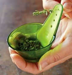 Cool Kitchen Gadgets - Chefn ZipStrip Herb Zipper: Just pull the herb stem through the correctly sized hole, and the fresh herbs fall right into the built-in measuring cup! Cooking Gadgets, Gadgets And Gizmos, Cooking Tips, Fun Gadgets, Unique Gadgets, House Gadgets, Amazing Gadgets, Cool Gadgets To Buy, Cool Kitchen Gadgets