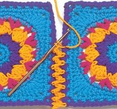 Transcendent Crochet a Solid Granny Square Ideas. Inconceivable Crochet a Solid Granny Square Ideas. Crochet Diy, Crochet Motifs, Crochet Amigurumi, Love Crochet, Crochet Crafts, Crochet Stitches, Crochet Hooks, Crochet Projects, Knitting Projects