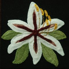 """Wool applique BOM PATTERN '/or KIT """"Winter Lily"""" block 1 of 24 """"Four Seasons of Flowers"""" winter laine quilt table table bed runner wall hanging Motifs Applique Laine, Wool Applique Patterns, Felt Applique, Applique Quilts, Felt Patterns, Block Patterns, Flower Applique, Embroidery Designs, Applique Designs"""