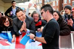Cheeky comedian turned into a screaming fan to beg for Simon's autograph! David Walliams and Simon Cowell at Britain's Got Talent auditions Britain's Got Talent, Stand Up Comedians, British Comedy, Simon Cowell, Judges, Damon, Ant, The Past, Tv Shows