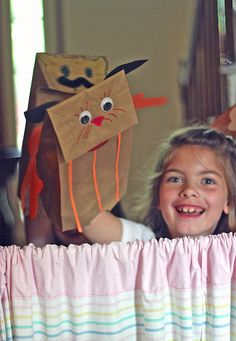 Create a puppet show from a pillowcase, curtain rod, and some paper bags Paper Bag Puppets, Sock Puppets, Art Activities For Toddlers, Literacy Activities, Child Day, Your Child, Egg Carton Crafts, Puppet Crafts, Puppet Show