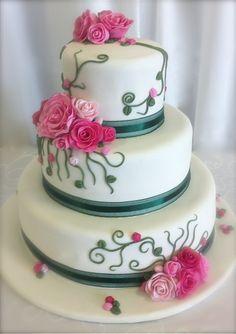 Creeping Rose Wedding Cake.
