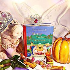 Darf ich vorstellen: Mercy Watson.  Dieses pfiffige Hausschwein kann sogar Einbrecher fangen und macht auch als Prinzessin verkleidet eine gute Figur.  Die Illustrationen sind bezaubernd...  #katedicamillo #kinderbuch #chrisvandusen #books #book #read #illustrationen