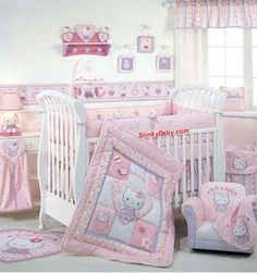 Every girl in this planet loves Hello Kitty because its cuteness. So, here is a list of adorable Hello Kitty bedroom ideas for your adorable bedroom decoration. Cama Da Hello Kitty, Hello Kitty Nursery, Hello Kitty Baby Shower, Hello Kitty Rooms, Hello Kitty Baby Stuff, Baby Girl Bedding, Crib Bedding Sets, Cat Bedroom, Girls Bedroom