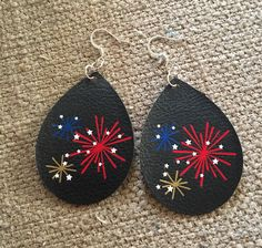 Fireworks Faux Leather Earrings - Fourth of July Earrings - Teardrop Earrings - Faux Leather Earrings - Holiday Earrings by ncgalcreations on Etsy Diy Leather Earrings, Leather Jewelry, Ruby Jewelry, Birthstone Jewelry, Cute Earrings, Boho Earrings, Diy Earrings Studs, Custom Jewelry, Handmade Jewelry
