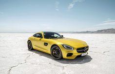 Mercedes AMG-GT, toute en légèreté. http://journalduluxe.fr/mercedes-amg-gt/