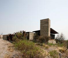Gallery - House in Villa Cielo / Estudio M + N - 24