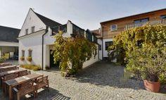 Zuschmann - Schöfmann - Weinviertel Outdoor Decor, Home Decor, Wine, Homemade Home Decor, Interior Design, Home Interiors, Decoration Home, Home Decoration, Home Improvement