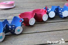 Yumurtalar bittiğinde sobada yaktığımız yada bir çırpıda çöpe yolladığımız viyol yani yumurta kolilerinden neler yapılır sizlerle sık,sık paylaşıyorum. Çocuklar için hem evde yapılan oyuncak hemde … Recycled Crafts, Diy And Crafts, Crafts For Kids, Arts And Crafts, Car Racing For Kids, Train Crafts, Easter Egg Crafts, Preschool Learning Activities, Teaching Aids