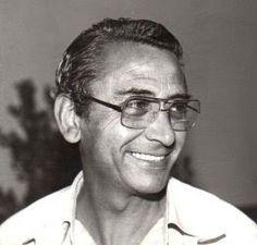 José Ortiz Moya, nació en Cartagena (Murcia) en 1932.Cuando era muy joven, José Ortiz ganó concursos organizados por la revista Chicos, lo cual le lanzó al mundo del cómic.