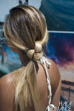 Hair Romance & This Island Life: The Double knot ponytail