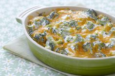 Yet another delicious veggie side! This one is quick and easy, with just five ingredients. Everyone around your thanksgiving table will dig into this creamy cheddar, ranch broccoli dish.