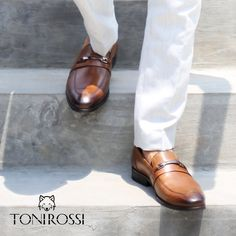 Step outside, the world is waiting for you. #mensfashionworld #bestoftheday #bespokeshoes #ootdman #menshoes #shoeporn #picoftheday #PhotoOftheDay #fashion #shoesph #shoesfortheday #shoeslover #shoeswag #shoesaholic #gentleman #gentlemenstyle #menstyle #menswear #beingalph #tonirossishoes #brownshoes #ranawat #fashionblogger #menwithstyle