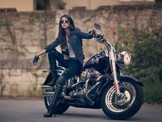 The first thing which you ought to do is think about what type of motorcycle you will purchase. The principal method to fund your motorcycle ought to . Lady Biker, Biker Girl, Girl Motorcyclist, Biker Photoshoot, Women Riding Motorcycles, Girl Fashion Style, Pretty Cars, Looks Black, Biker Chick